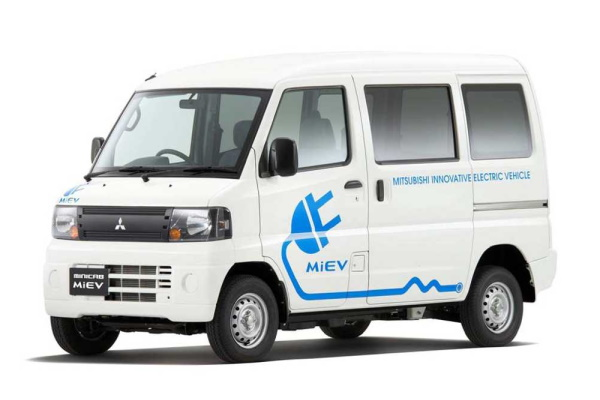Mitsubishi Minicab MiEV U60 Van