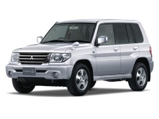 Mitsubishi Pajero iO H60/H70 Closed Off-Road Vehicle