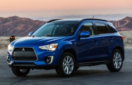 Mitsubishi Outlander Sport I Facelift Closed Off-Road Vehicle