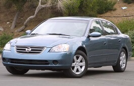 Lovely Nissan Altima III (L31) Saloon