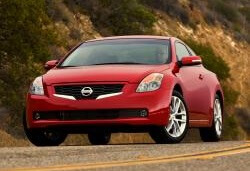 Coupe (D32). Nissan Altima