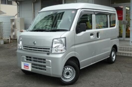 Nissan NV100 Clipper III Van