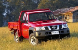 Nissan Patrol Cab Chassis wheels and tires specs icon