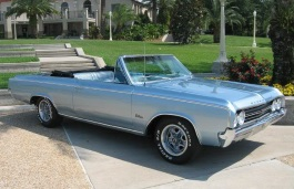 Oldsmobile Cutlass II Convertible