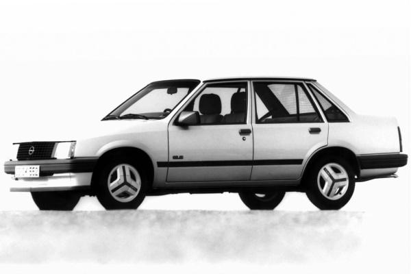 Opel Corsa A (S83) Седан