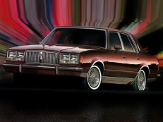 Pontiac Bonneville G-body Saloon