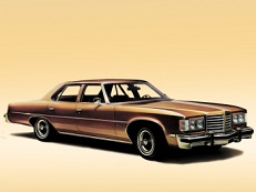 Pontiac Catalina B-body Saloon