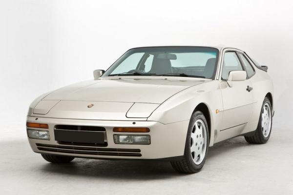 Porsche 944 Typ 951/952 Coupe