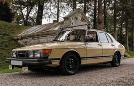 roues et icone de spécifications de pneus pour Saab 900