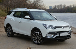 SsangYong XLV wheels and tires specs icon