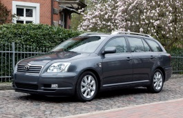 Toyota Avensis II Estate