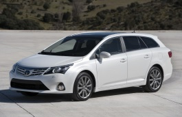 Toyota Avensis III Facelift Estate