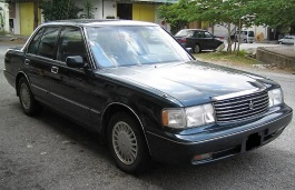 Toyota Crown VIII (S130) Restyling Saloon