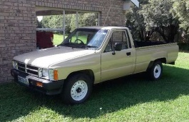 Toyota Hilux IV Pickup Single Cab