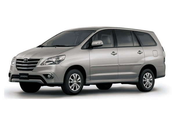 トヨタ Innova AN40 Facelift MPV