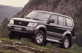 Toyota Land Cruiser 90 Series Closed Off-Road Vehicle