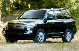 Toyota Land Cruiser 200 Series Facelift Closed Off-Road Vehicle