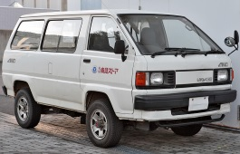 Toyota Lite Ace wheels and tires specs icon