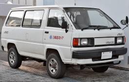 トヨタ ライトエース III Restyling MPV