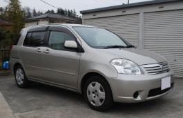 Toyota Raum II MPV
