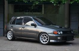 Toyota Starlet IV (P80) Restyling Hatchback