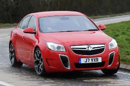 Vauxhall Insignia VXR Räder- und Reifenspezifikationensymbol